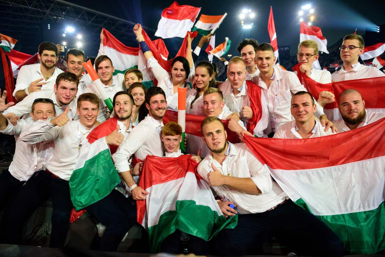 Abu Dhabi, WorldSkills megnyitó, magyar csapat, 2017 © Hatlaczki Balázs
