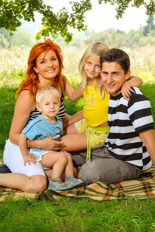 Keleti Andrea és családja, portré © Hatlaczki Balázs